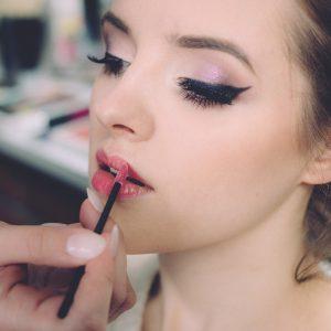 Maquillajes precios a partir de RD$1,500